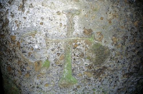 Via cava simbolo croce